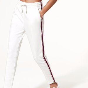 Tna The Iconic Sweatpant Fleece Side Stripe